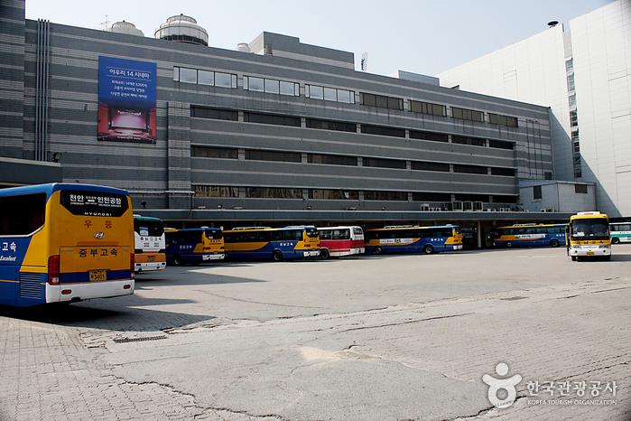 天安総合バスターミナル(천안종합버스터미널)