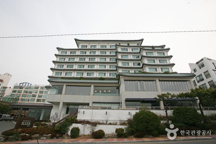 Illua Hotel (호텔일루아)