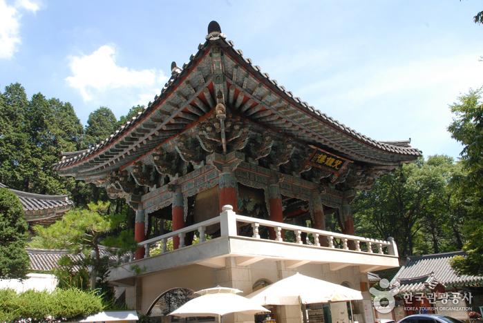 Gongju Donghaksa Temple (동학사(공주))