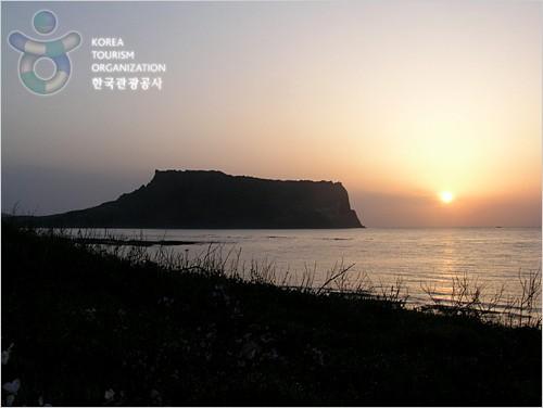 Seongsan Sunrise Festival (제주성산일출축제)