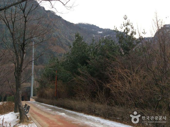 용마폭포공원 사진9