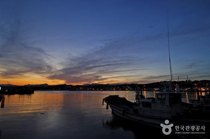 竹辺港(죽변항)