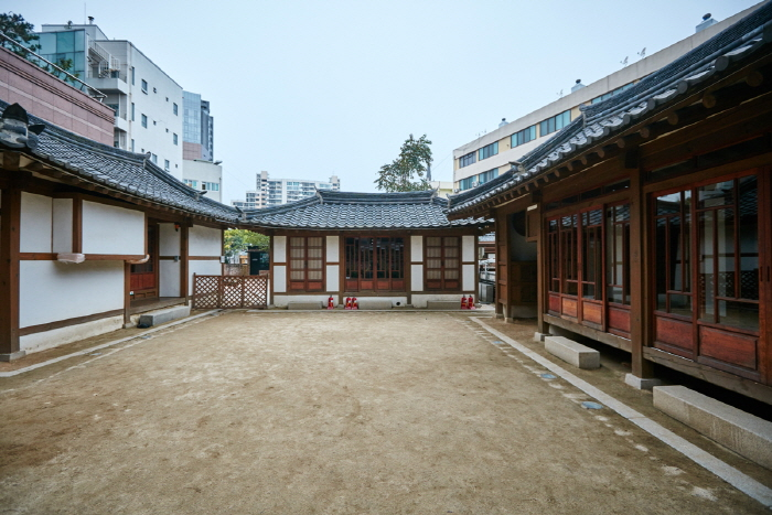 House of Seo Sang-don (서상돈 고택)