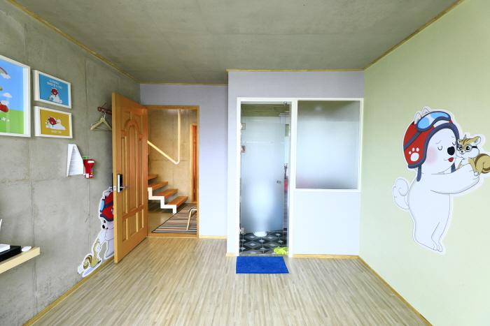 Ariene Guesthouse (아리네 게스트하우스)