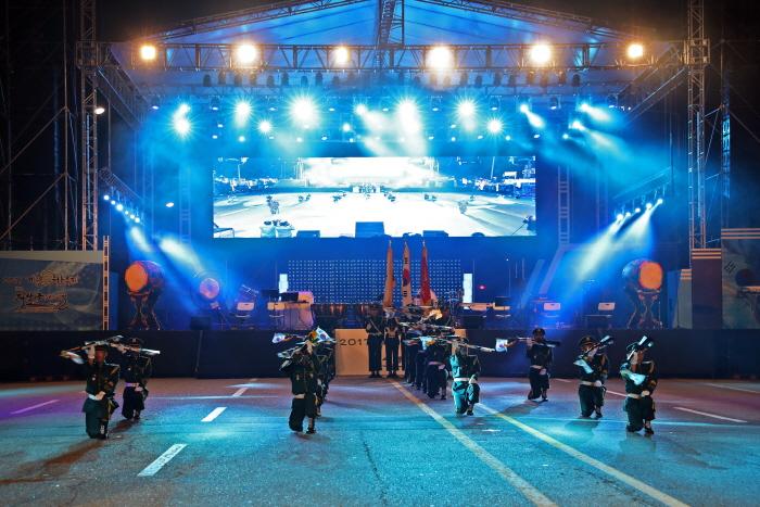 雞龍軍文化節(계룡 군문화축제)