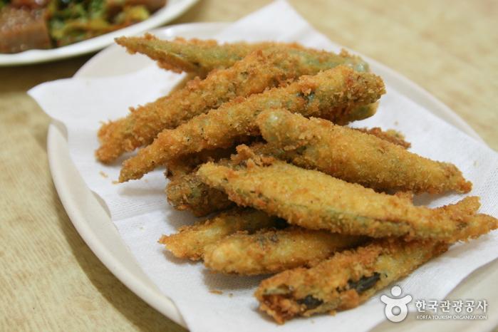 テジャゴル土俗飲食(대자골 토속음식)