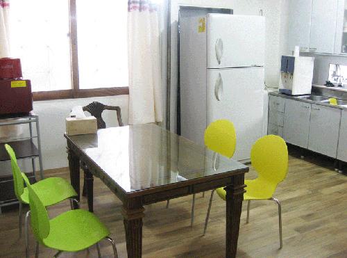 Seoul Walker Guest House (서울워커 게스트하우스)