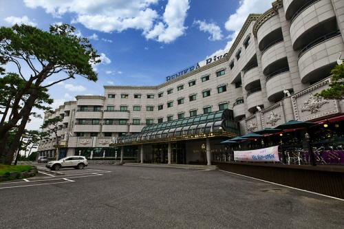 群山リバーヒル観光ホテル(군산 리버힐 관광호텔)