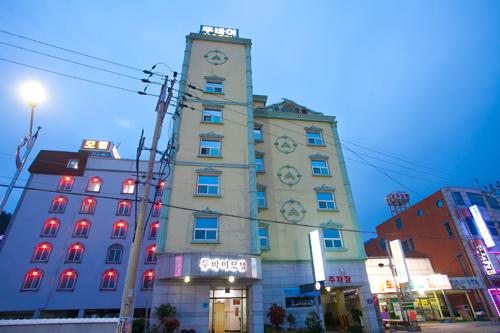 Dubai Motel - Goodstay <br>두바이모텔[우수숙박시설 굿스테이]