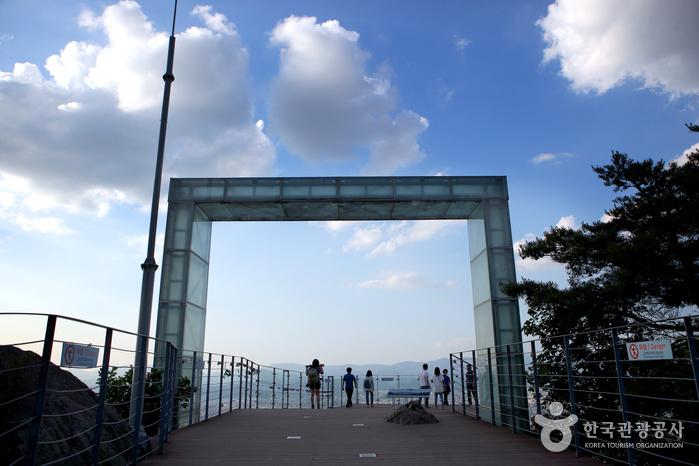 アプサン展望台(앞산전망대)