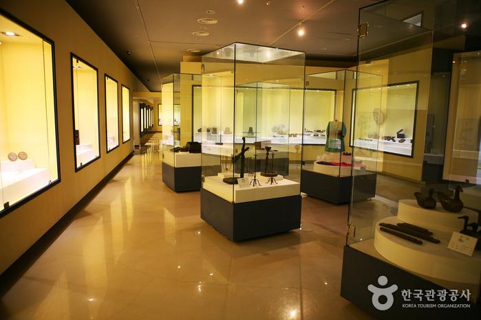 順天市立プリキップンナム博物館(순천시립 뿌리깊은나무 박물관)