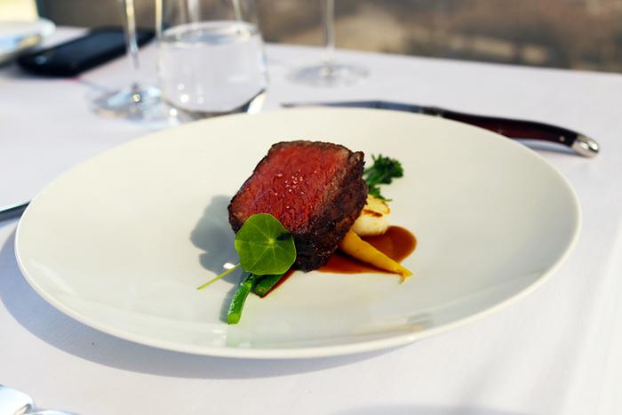 Ресторан Dining in Space (다이닝 인 스페이스)