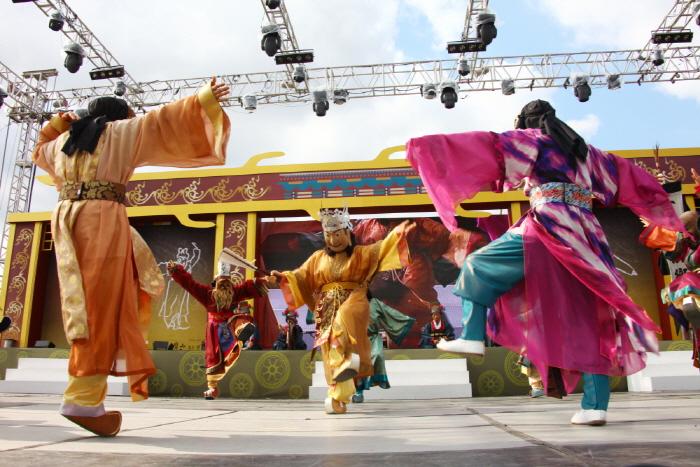 百済文化祭り(백제문화제)