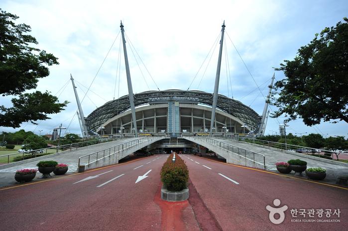 Стадион Кубка мира на Чечжудо (제주월드컵경기장)3