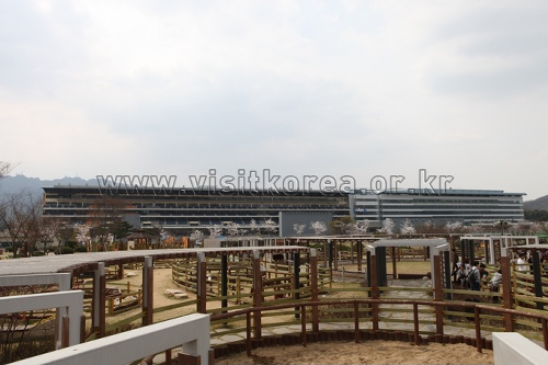 Seoul Race Park (Let's Run Park Seoul) (렛츠런파크서울 (서울경마공원))