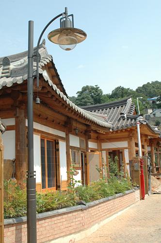 Cham Dawon (참다원)