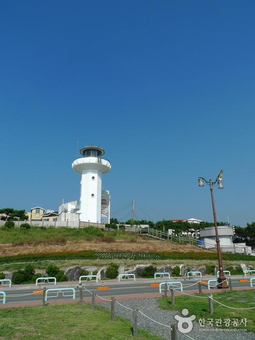 Ganjeolgot Cape (간절곶 등대)
