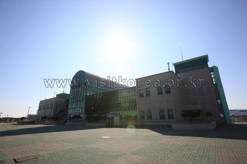 Pohang Port Passenger Terminal (포항여객터미널)