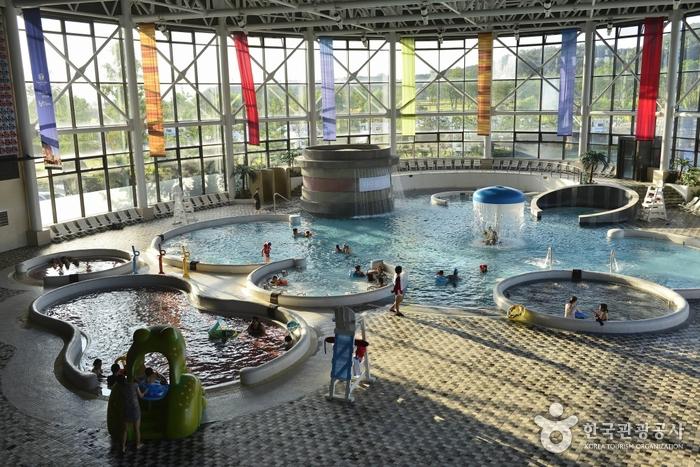 Особая туристическая зона горячих источников в Асане (아산시 온천 관광특구)17