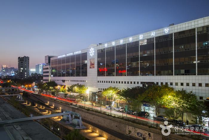 東大門総合市場・ショッピングタウン(동대문 종합시장·동대문 쇼핑타운)