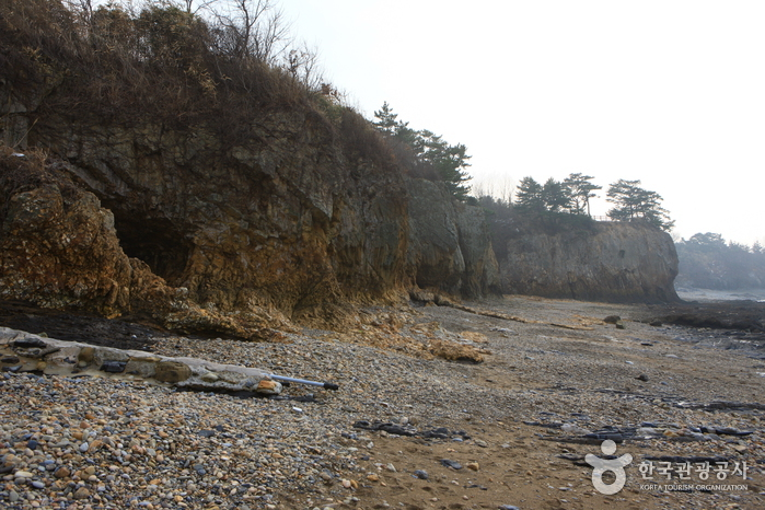 Jeokbyeokgang River (적벽강)