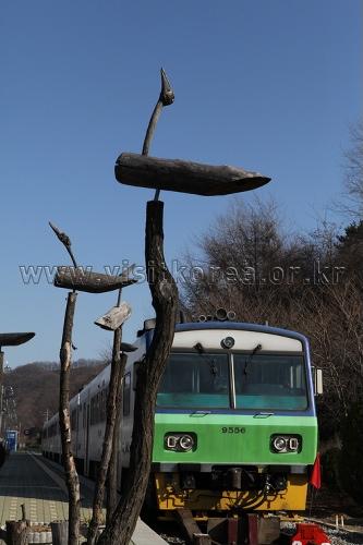 Sintan-ri Station (신탄리역)