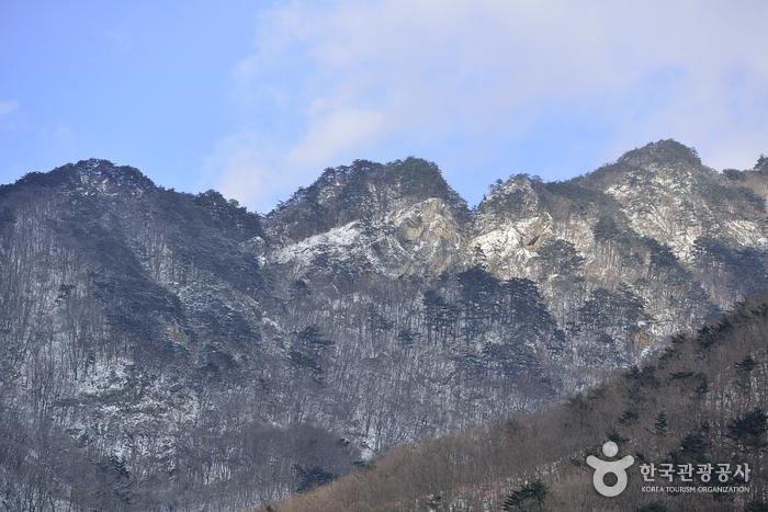 Berg Juheulsan (주흘산)