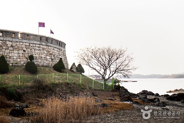 Festung Ganghwa Chojijin (강화 초지진)