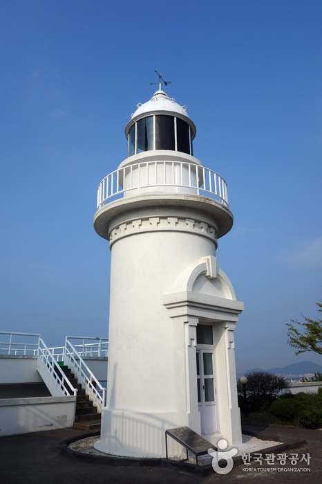 Sanjideungdae Lighthouse (산지등대)