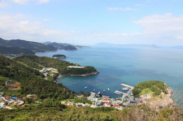 Остров Тольсандо (돌산도)