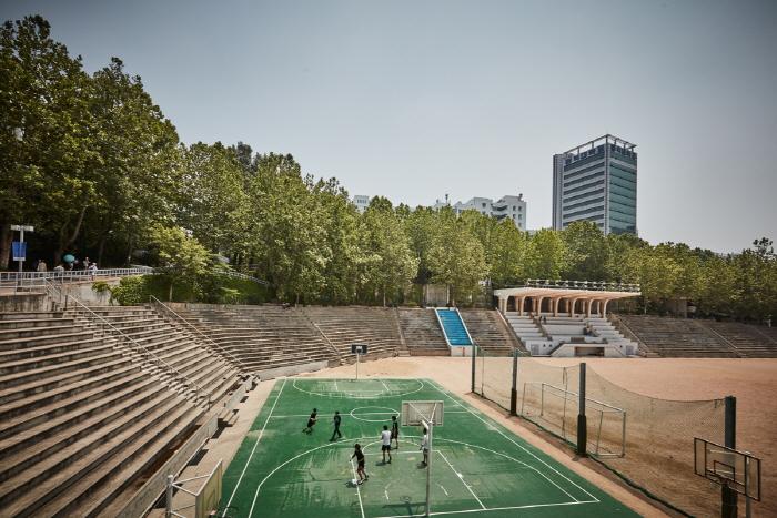 Хондэ (район университета Хоник) (홍대)12