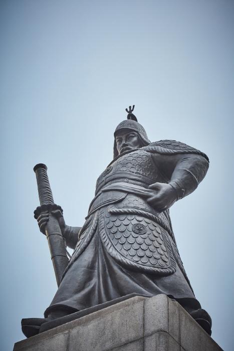 Estatua del Almirante Yi Sun-shin (충무공 이순신 동상)20