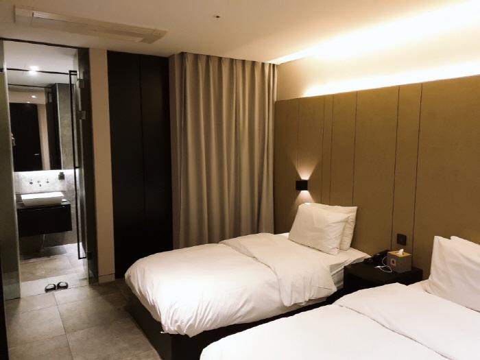 호텔 더 디자이너스 청량리_디럭스 트윈룸2