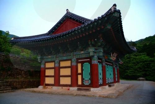 12 Kuil Tradisional Terbaik di Korea Selatan