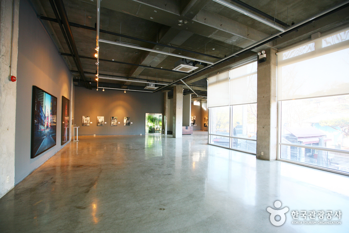 Musée d'Art Contemporain IE-YOUNG (이영미술관)