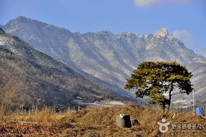 Juheulsan Mountain (주흘산)