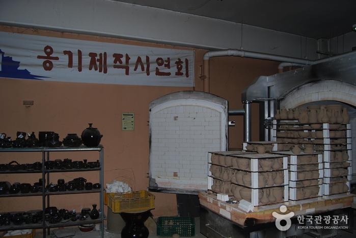 Деревня гончарных изделий на горе Вегосан (외고산옹기마을)32