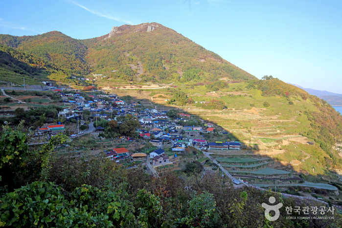 Namhae Gacheon Village (남해 가천마을)