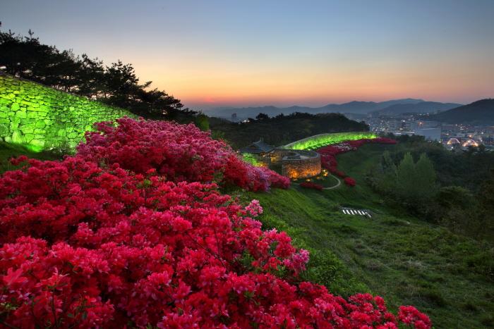 Фестиваль Крепости Моянсон в Кочхане (고창모양성제)2