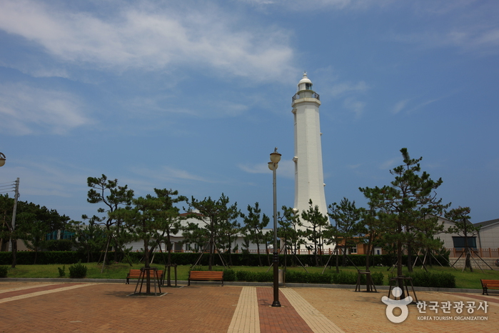 Homigot Lighthouse (호미곶 등대)