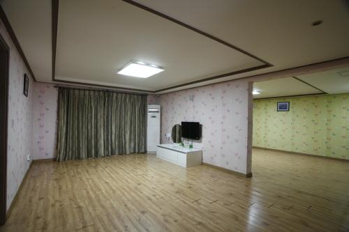 인천광역시_중구_별자리호스텔_단체65평_1 [우수숙박시설 굿스테이]