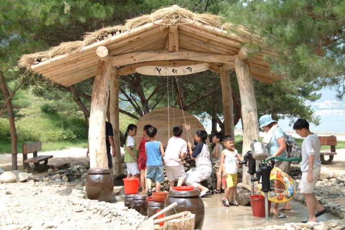 水の国・華川丸木舟祭り(물의나라 화천 쪽배축제)