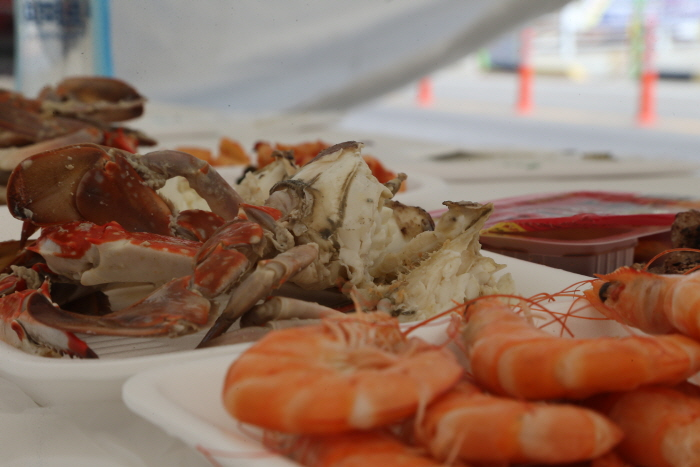 Seocheon Hongwon Port Jeoneo (Gizzard Shad) & Crab Festival 2018 (서천 홍원항 자연산 전어·꽃게 축제 2018)