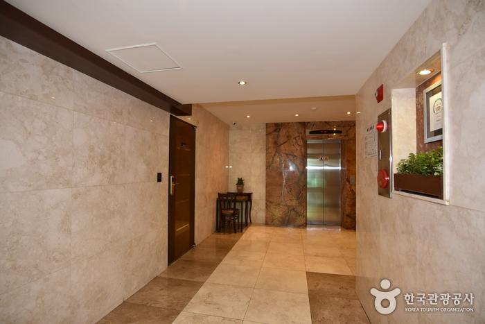 GS Hotel [Korea Quality] / 지에스호텔 [한국관광 품질인증]