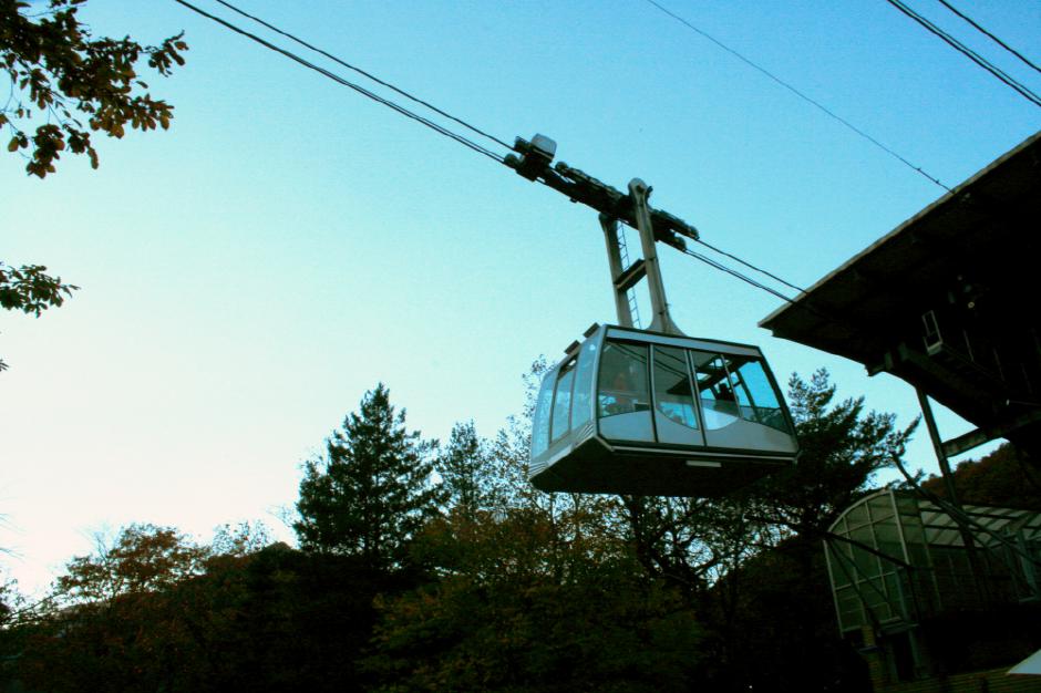 Seorak Cable Car (설악산 케이블카)