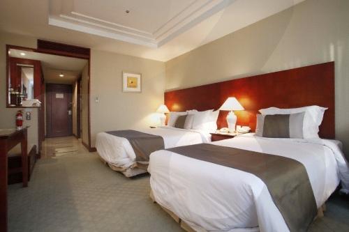 Koreana Hotel (코리아나 호텔)