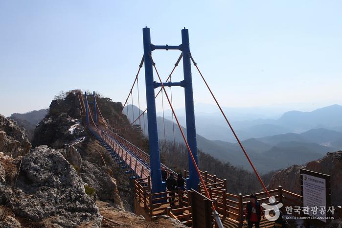 하늘다리 위에 올라 신선이 되어볼까, 암릉산행 일번지 화순 백아산 사진
