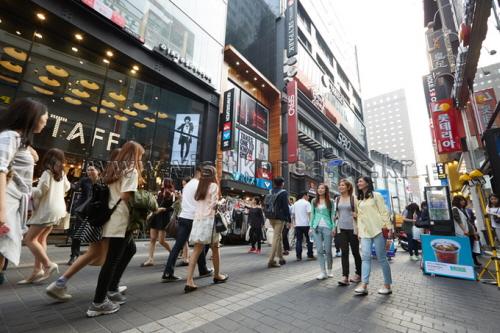 Myeong-dong (명동)