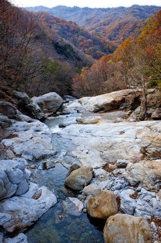 Hansin Valley (Baengmu-dong Valley) (한신계곡(백무동계곡))