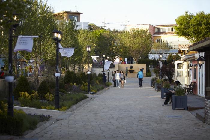 普羅旺斯村(프로방스 마을)